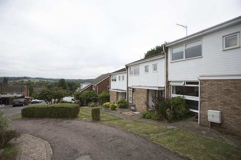 1 Bedroom Maisonette Flat for sale in Valley Fields Crescent, Enfield, Middlesex, EN2