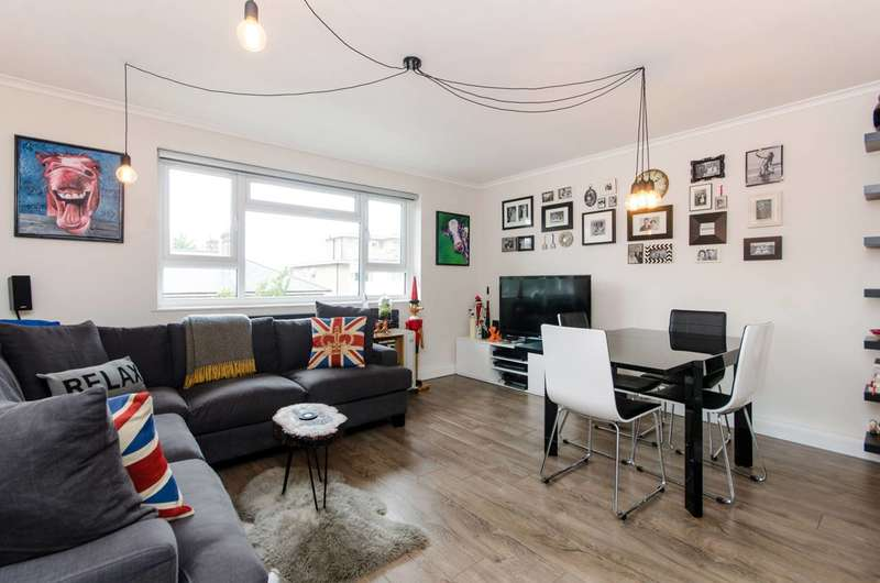 3 Bedrooms Flat for sale in Hartfield Road, Wimbledon, SW19