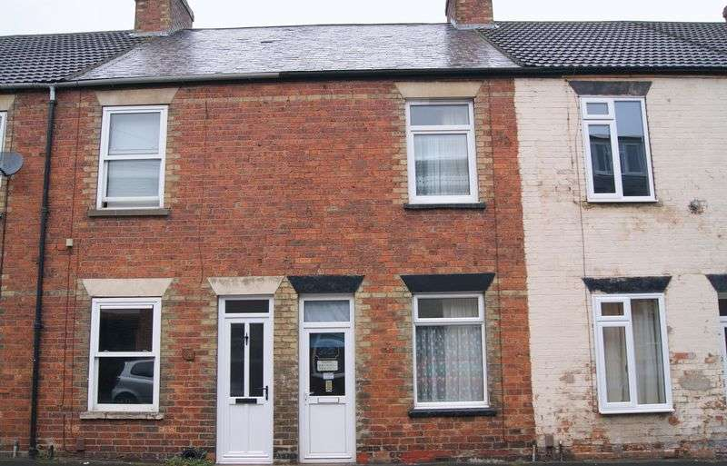 2 Bedrooms Terraced House for sale in Oxford Street, Grantham