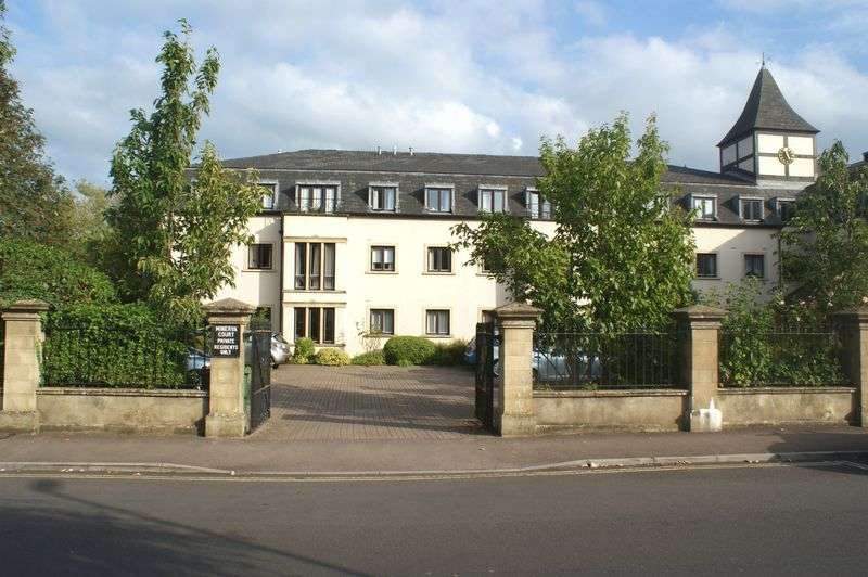 2 Bedrooms Flat for sale in St. Johns Road, Bath