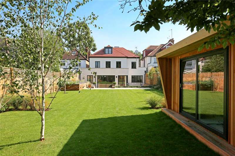 6 Bedrooms Detached House for sale in Park Road, London, W4