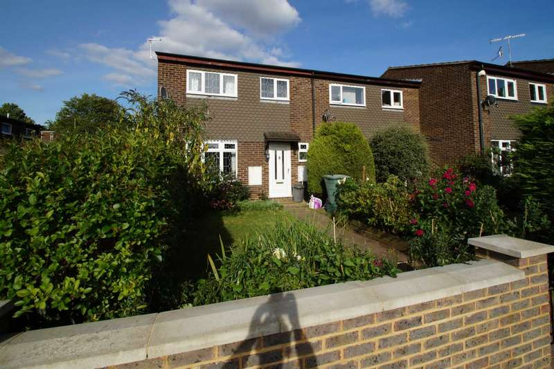 3 Bedrooms End Of Terrace House for sale in Laidon Square, Hemel Hempstead