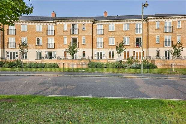 2 Bedrooms Property for sale in Heald Court, Meadow Way, CARTERTON