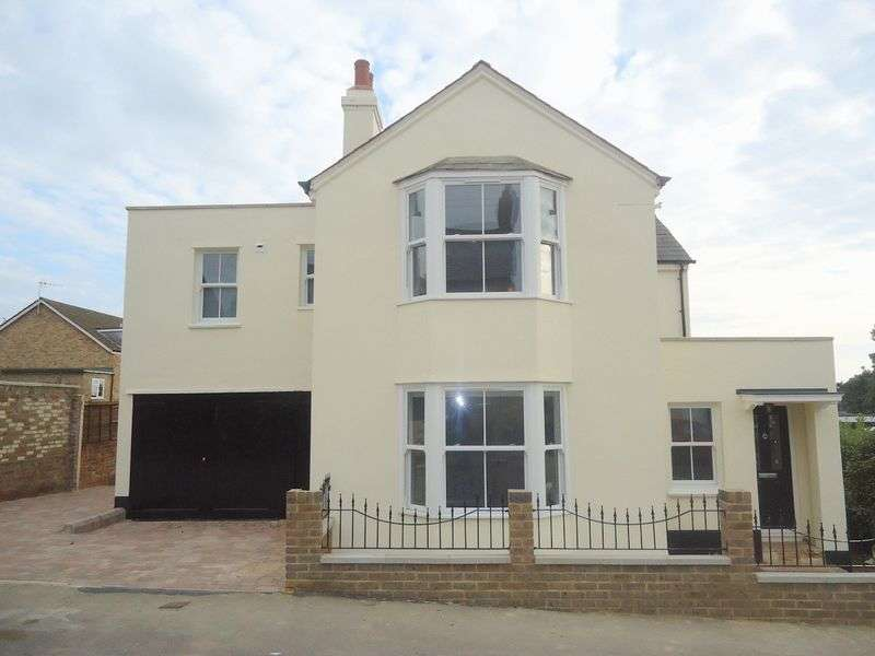 4 Bedrooms Detached House for sale in George Street, OLD TOWN, Hemel Hempstead