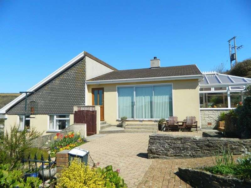 4 Bedrooms Detached House for sale in Hillside, Portreath