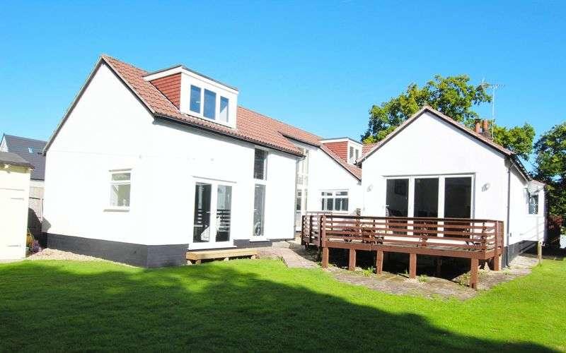 6 Bedrooms Detached House for sale in Woodlands Drive, Barnston