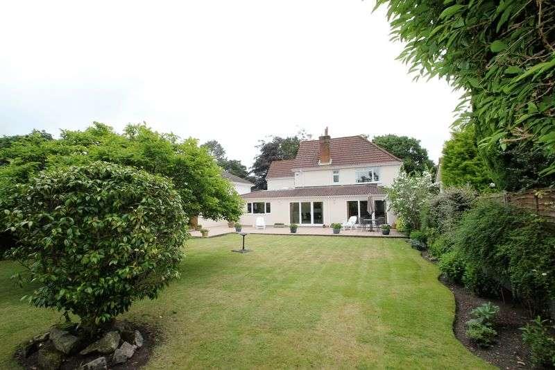 4 Bedrooms Detached House for sale in Dudsbury Avenue, Ferndown