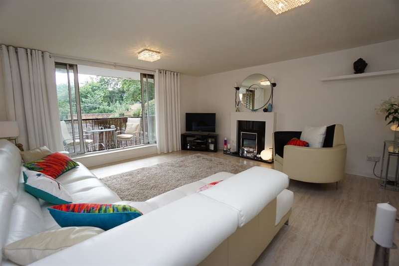 2 Bedrooms Apartment Flat for sale in Graham Road, Ranmoor, Sheffield, S10 3DW