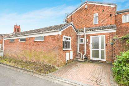 4 Bedrooms Semi Detached House for sale in Abberley Close, St. Helens, Merseyside, WA10