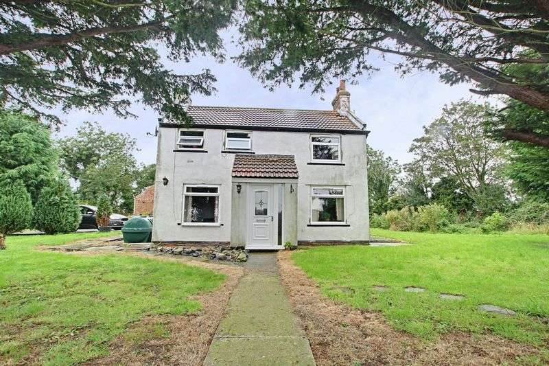 4 Bedrooms Detached House for sale in Out Newton Road, Skeffling