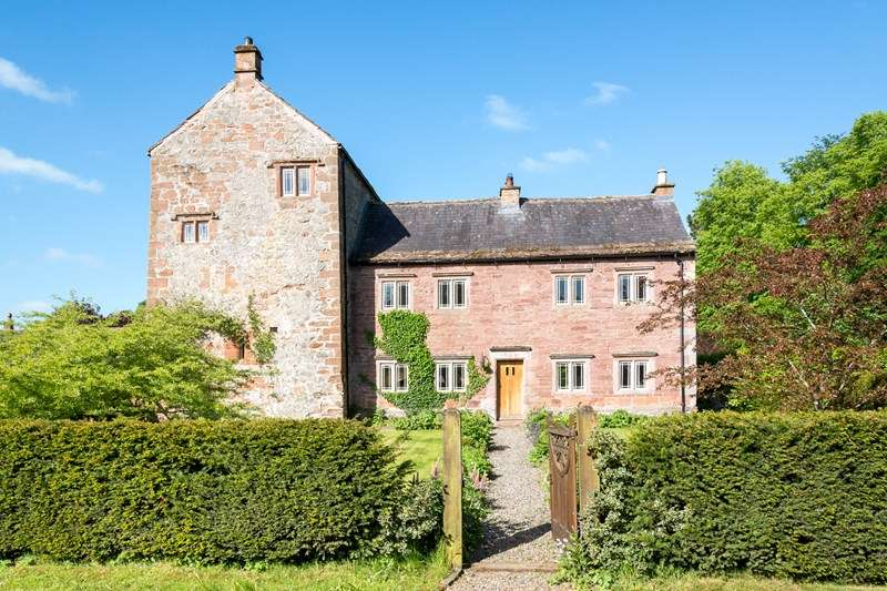 4 Bedrooms Detached House for sale in Thistlewood Tower, Dalston, Cumbria