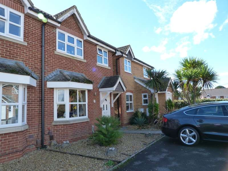 3 Bedrooms Semi Detached House for sale in RIMBURY WAY, CHRISTCHURCH