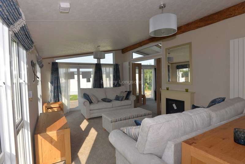 2 Bedrooms Lodge Character Property for sale in Birchington, Kent