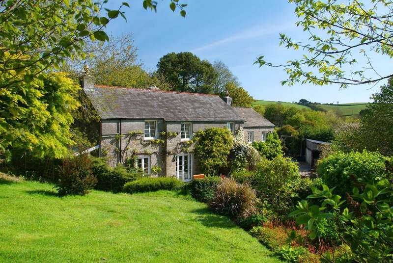 4 Bedrooms Detached House for sale in Lower Collaton, Collaton, Salcombe