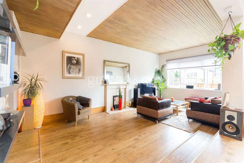 2 Bedrooms Flat for sale in Pattison Road, Hampstead Heath, London, NW3