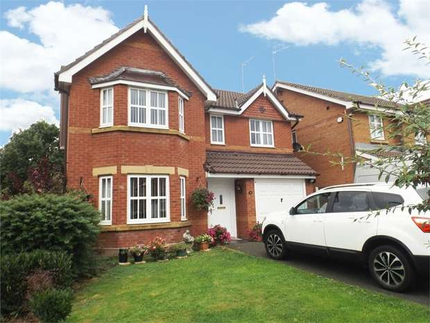 4 Bedrooms Detached House for sale in Balmoral Grove, Prenton, Merseyside