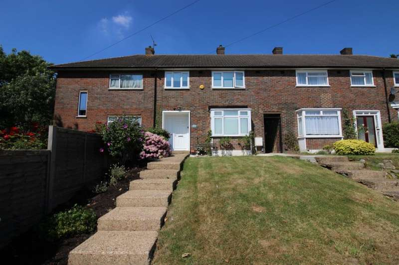 3 Bedrooms Terraced House for sale in Gateshead Road, Borehamwood, Hertfordshire, WD6