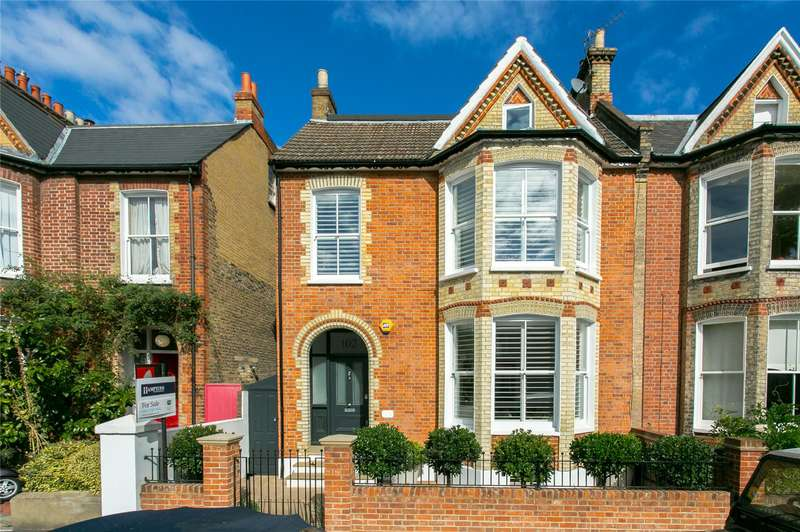 5 Bedrooms Semi Detached House for sale in Idmiston Road, London, SE27