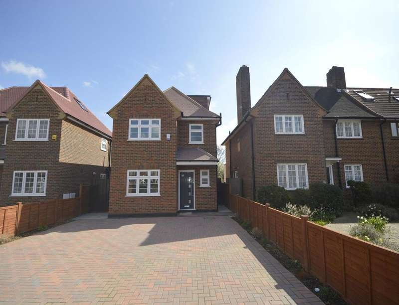 4 Bedrooms Detached House for sale in Hall Road, Isleworth, TW7