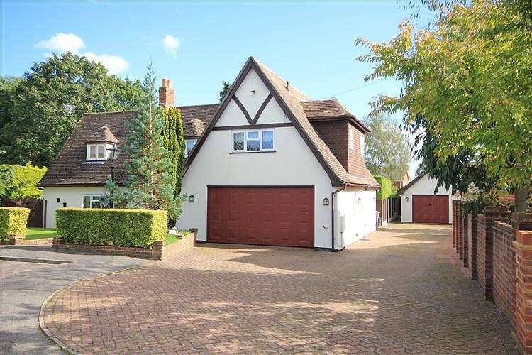 6 Bedrooms Detached House for sale in Woods Road, Caversham, Reading, RG4