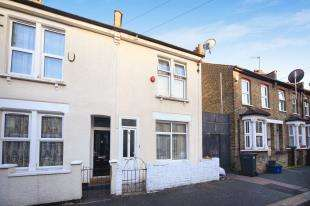 3 Bedrooms End Of Terrace House for sale in Broadway Avenue, Croydon, .
