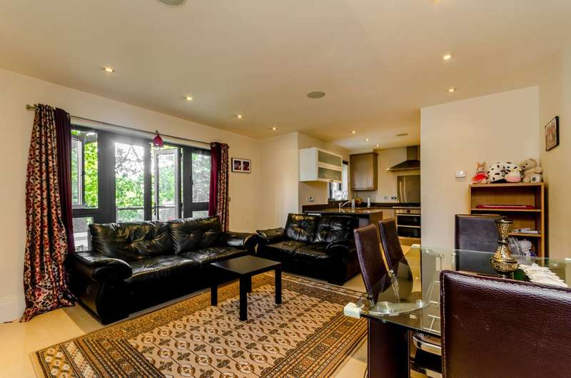 2 Bedrooms Flat for sale in Sydenham Hill, Sydenham Hill, SE26