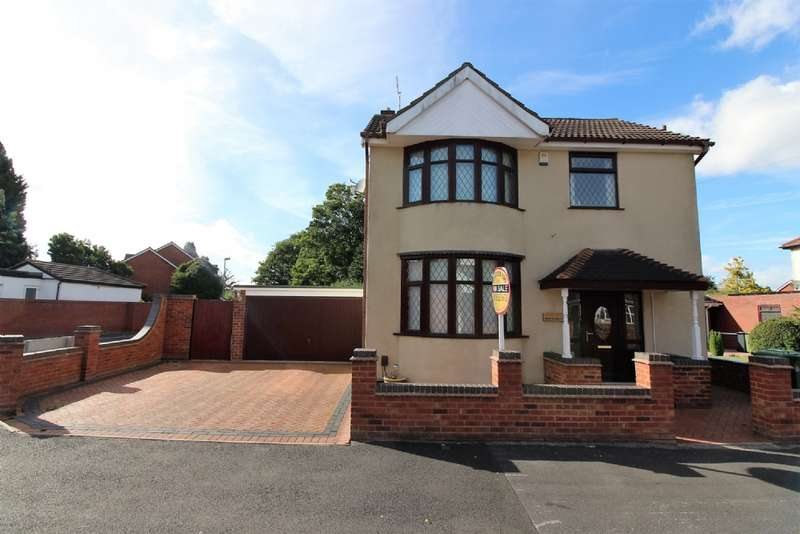 3 Bedrooms Detached House for sale in Ravenscroft Road, Willenhall