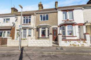 3 Bedrooms Terraced House for sale in Imperial Road, Gillingham, Kent, .