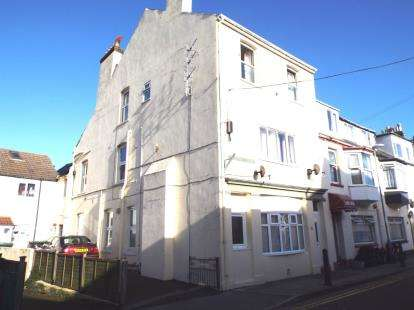 7 Bedrooms End Of Terrace House for sale in Weymouth, Dorset