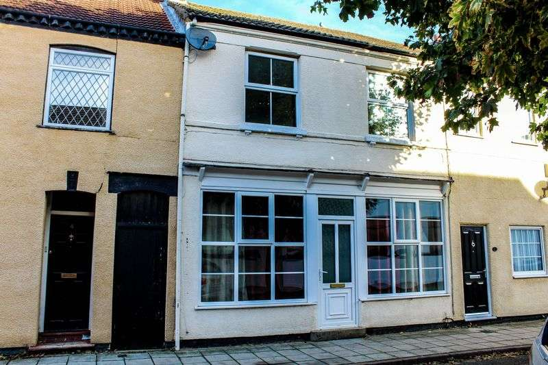 3 Bedrooms Terraced House for sale in St. Giles Street, New Bradwell, Milton Keynes