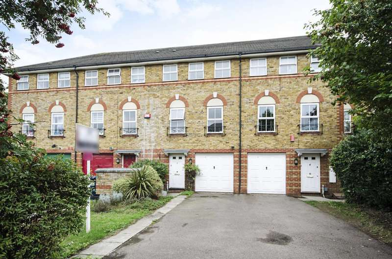 3 Bedrooms House for sale in Compton Close, Golders Green, NW11