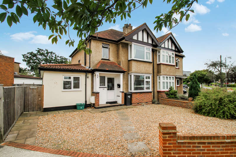 4 Bedrooms Semi Detached House for sale in Moresby Avenue, Surbiton