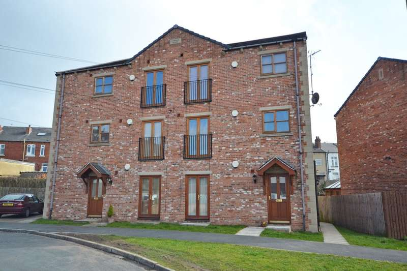 2 Bedrooms Flat for sale in Beaumont Street, Stanley, Wakefield