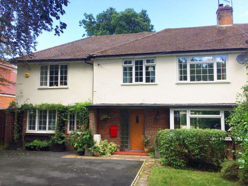 5 Bedrooms Semi Detached House for sale in Nags Head Lane, Great Missenden, HP16