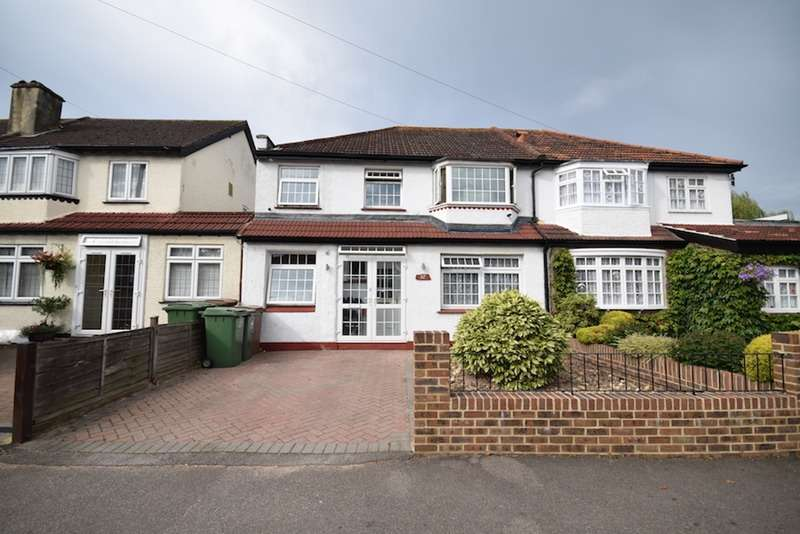 4 Bedrooms Semi Detached House for sale in Orchard Way, Sutton, Surrey, SM1