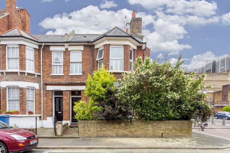 3 Bedrooms Flat for sale in Raul Road, London SE15