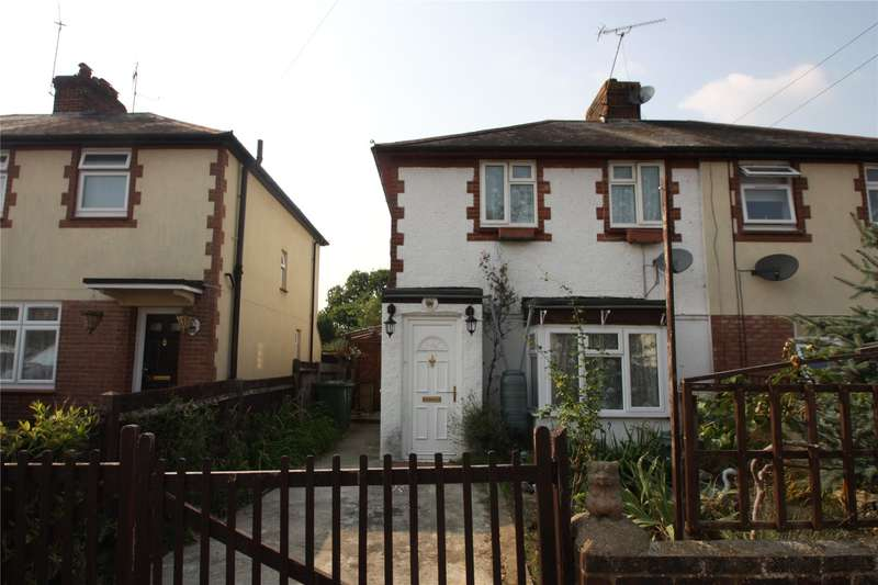 3 Bedrooms Semi Detached House for sale in Beechwood Road, Knaphill, Woking, Surrey, GU21