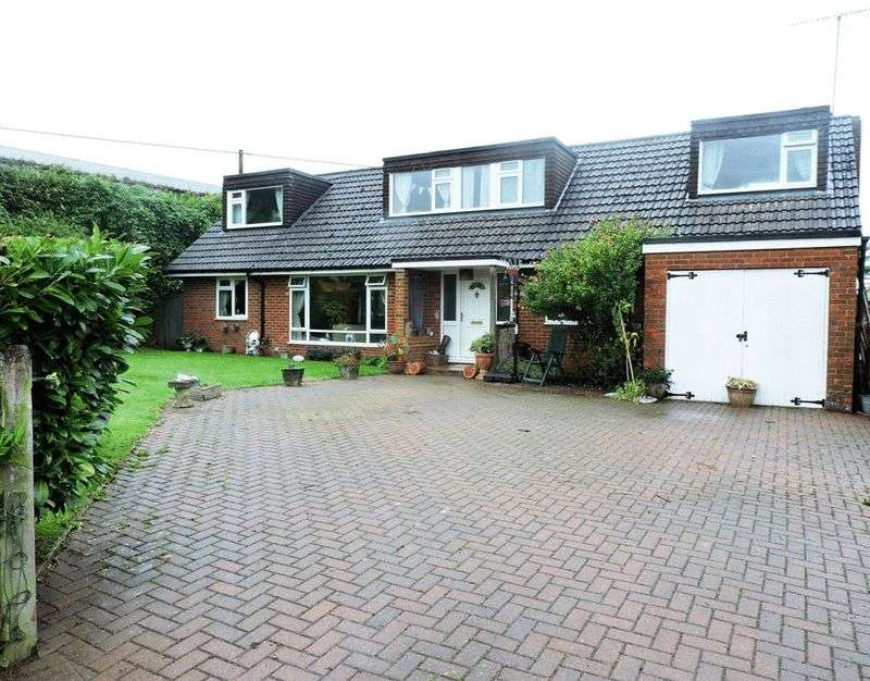 5 Bedrooms Detached House for sale in West Dean, Salisbury, SP5 1EZ