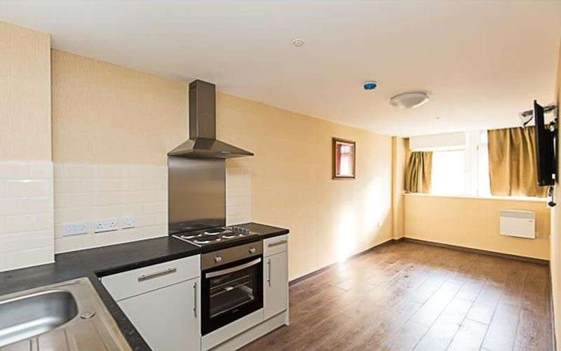 1 Bedroom Apartment Flat for sale in Daniel House
