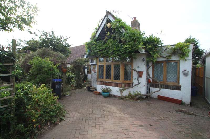 4 Bedrooms Semi Detached House for sale in Grinstead Lane, Lancing, West Sussex, BN15