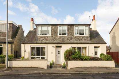 4 Bedrooms Detached House for sale in Main Street, Loans