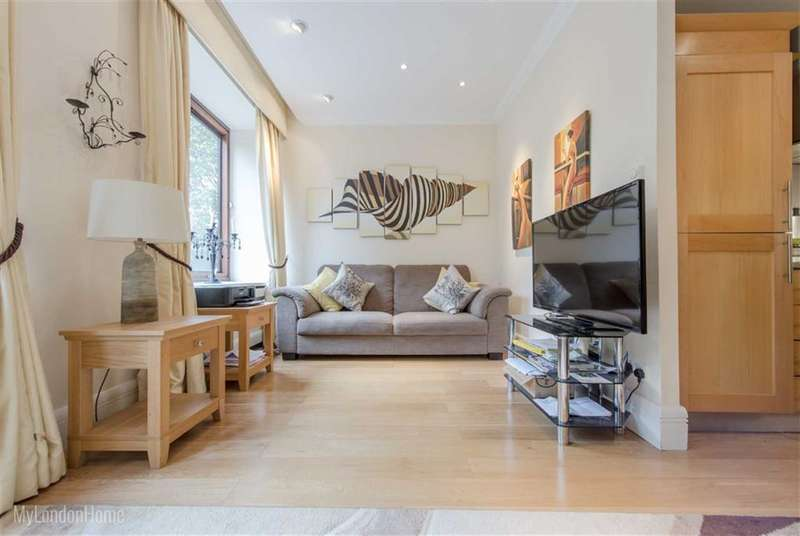Property for sale in The Whitehouse Apartments, Belvedere Road, Waterloo, London, SE1