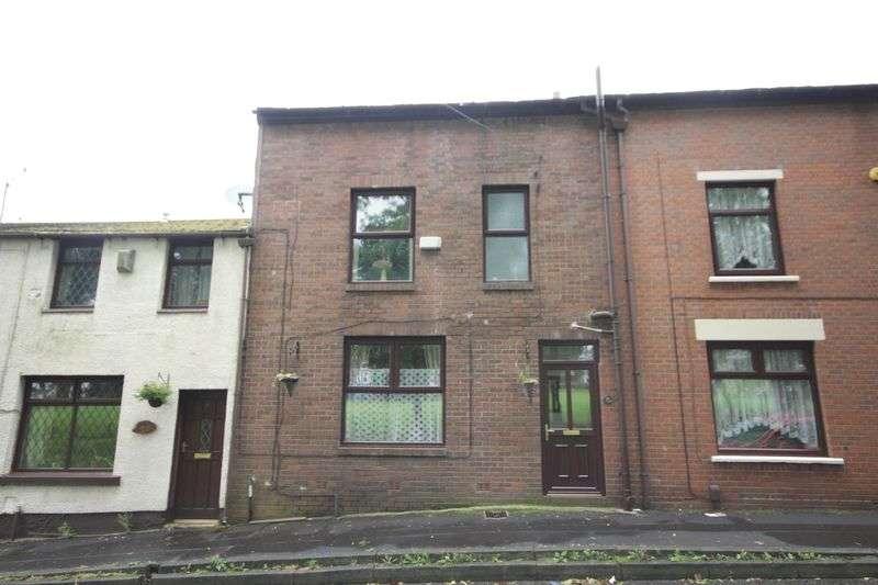3 Bedrooms Terraced House for sale in CRONKEYSHAW ROAD, Cronkeyshaw, Rochdale OL12 0RF