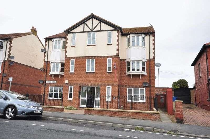 1 Bedroom Flat for sale in Keepers Court, Crescent Avenue, Whitby