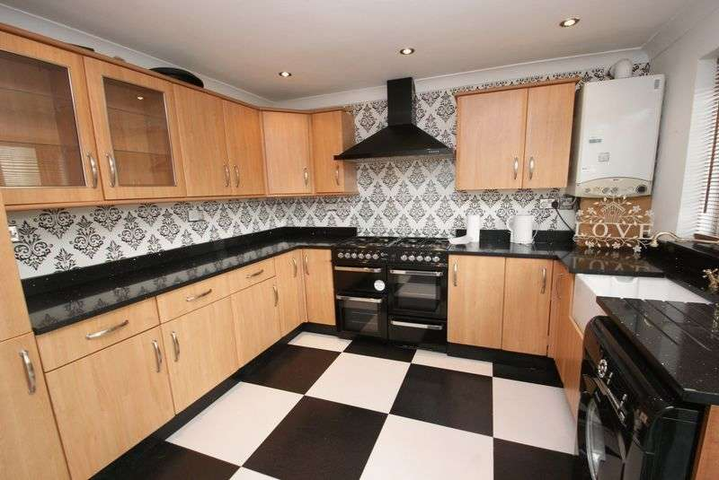 3 Bedrooms Bungalow for sale in Park Avenue North TS3 OPE
