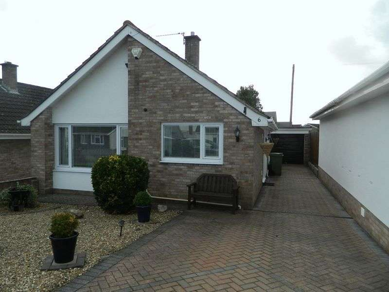 2 Bedrooms Detached Bungalow for sale in WORLE HILLSIDE