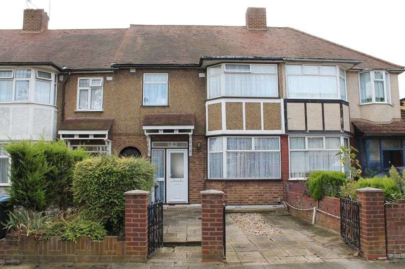 3 Bedrooms Terraced House for sale in Chestnut Road, Enfield