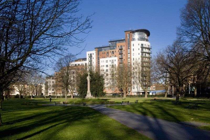 2 Bedrooms Flat for sale in Briton Street, Southampton
