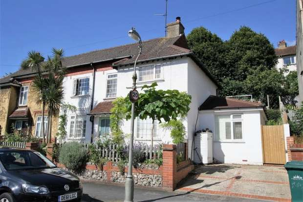 4 Bedrooms Semi Detached House for sale in Stanmer Villas Brighton