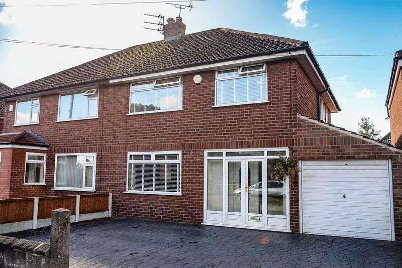3 Bedrooms Semi Detached House for sale in Kenyons Lane, Lydiate
